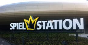 Spielstation am CentrO Oberhausen - freistende Einzelbuchstaben-Anlage im Profil 9