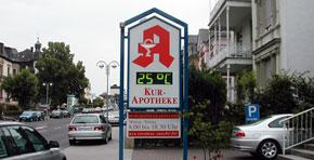 doppelseitige Zeit- und Temperatur-Anzeige, Klapptechnik